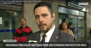 http://g1.globo.com/globo-news/jornal-globo-news/videos/v/cadeirante-precisa-rastejar-para-ser-atendido-em-posto-do-inss-no-rio/7757974/